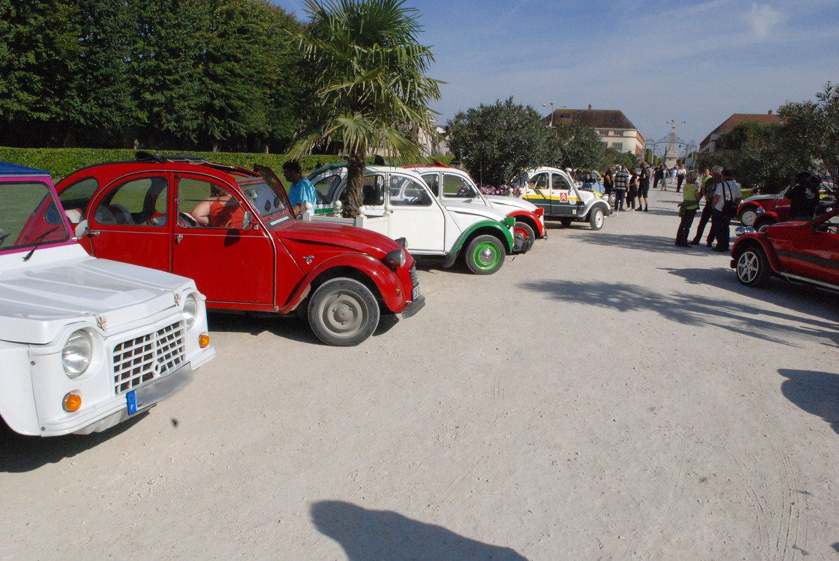 Rencontre Nationale 2cv Ch teaubriant